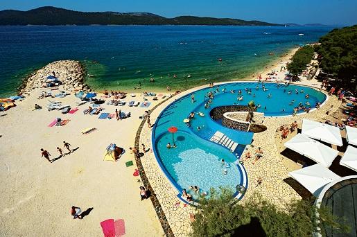 Solaris Dalmacja Chorwacja Kemping z basenem najlepszy