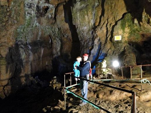 130 Bułgaria z dzieckiem Jaskinia Bacho Kiro