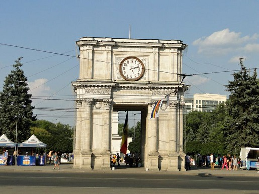 56 Mołdawia  z dzieckiem-Zwiedzamy Kiszyniów