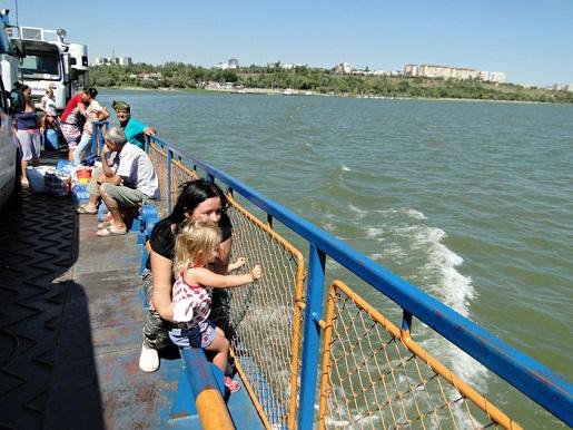 58 Rumunia z dzieckiem Dunajem