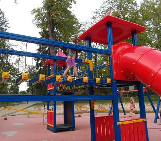 Atrakcje dla dzieci Rabka Zdrój-plac zabaw