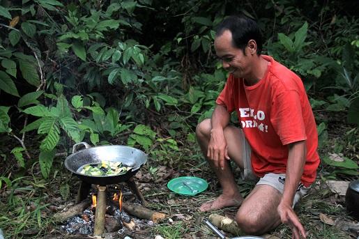 Borneo noclegi w dżungli z dzieckiem wakacje