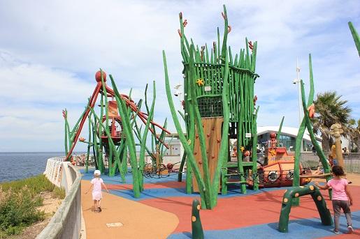 Bugibba Malta atrakcje dla dzieci plac zabaw