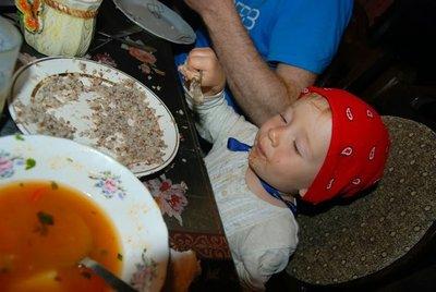 Gruzja-jedzenie dla dziecka