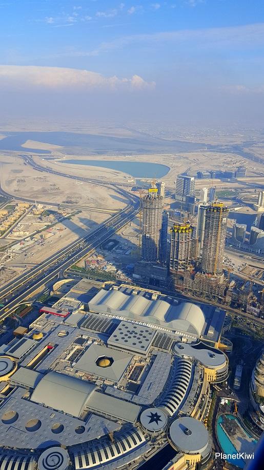 Dubaj widok z Burj Khalifa-wakacje z dzieckiem opinie (5)