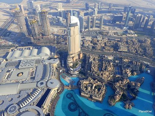 Dubaj widok z Burj Khalifa-wakacje z dzieckiem opinie