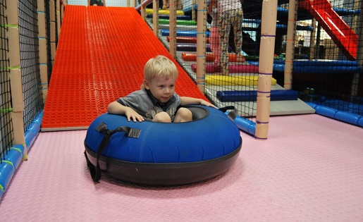 Ełk sala zabaw dla dzieci Tropico opinie atrakcje
