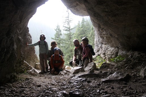 Jasinia Mylna z dziećmi Tatry