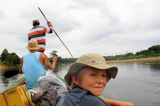 Mr.Jungle, rzeka - Borneo z dzieckiem - dżungla