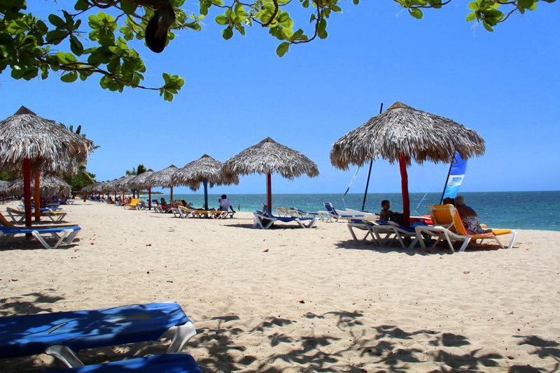 Plaże Trinidad - wakacje z dzieckiem