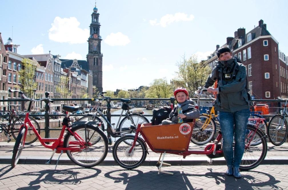 Rowerowy Amsterdam rodzinne zwiedzanie