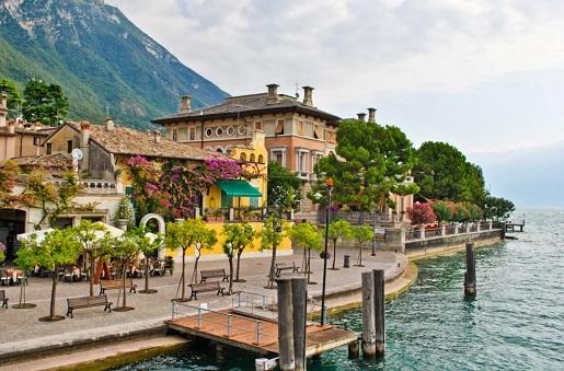 Salo Włochy Garda co zobaczyć zwiedzanie z dzieckiem wakacje opinie