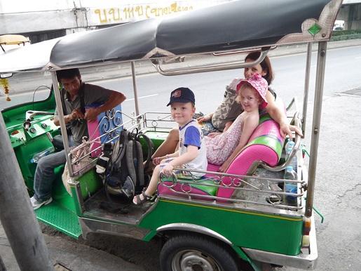 Tajlandia Bangkok wakacje z dziećmi opinie transport
