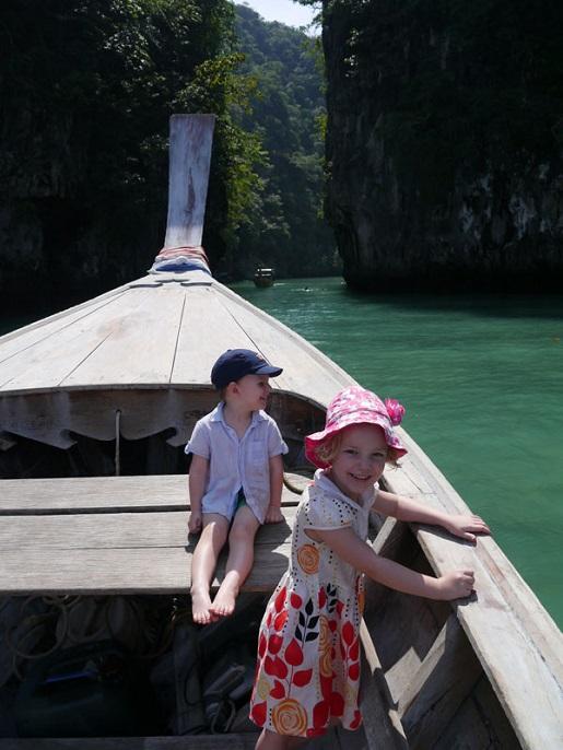 Tajlandia rejs łódką z dziećmi - ciepłe wakacje zimą