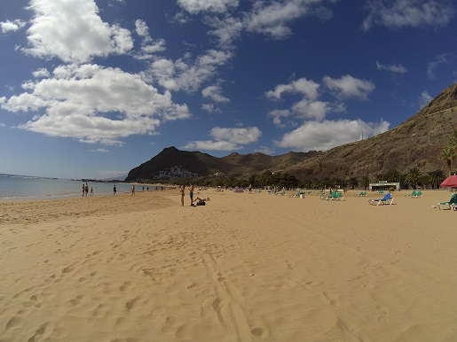 gdzie najładniejsze plaże na Teneryfie z żółtym piaskiem