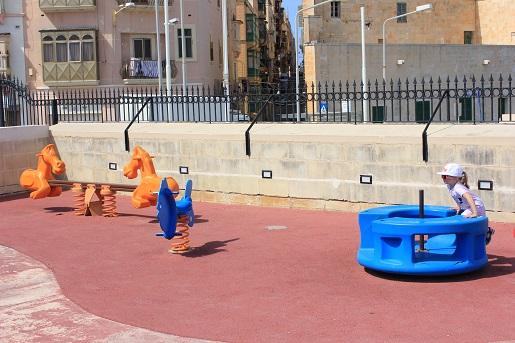 Valletta Plac Zabaw dla dzieci -wakacje na Malcie