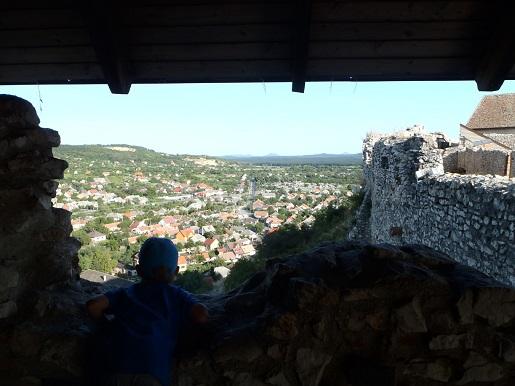 Węgry Zamek Sumeg atrakcje wakacje z dzieckiem