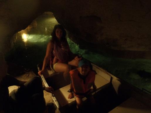 Węgry podziemne jezioro atrakcje wakacje z dzieckiem
