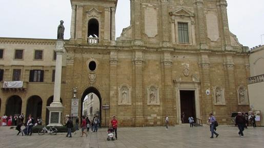 Włochy port brindisi katedra atrakcje rejs