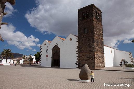 Wycieczka z Lanzarote na Feuertaventure z dzieckiem