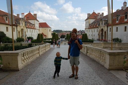 Zamek Valtice w Czechach-wakacje z dziećmi