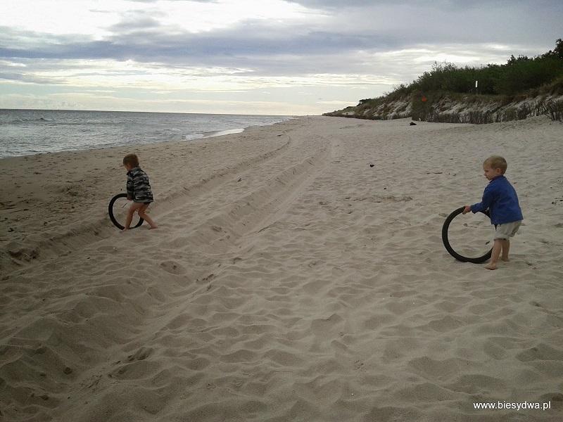 Plaża - rowerem z dzieckiem