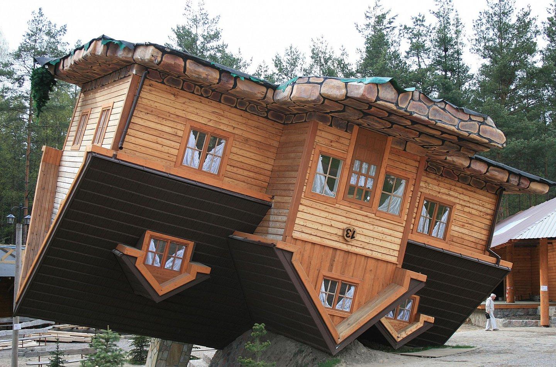 dom do góry nogami Kaszuby atrakcje