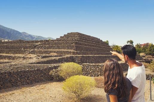 co zwiedzić z dzieckiem Teneryfa-piramidy w Guimarze atrakcje