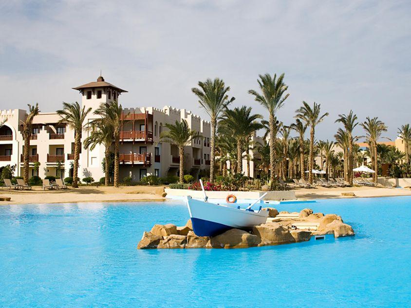 crowne-plaza-sahara-sands-port-ghalib-najlepsze-hotele-dla-dzieci-Egipt
