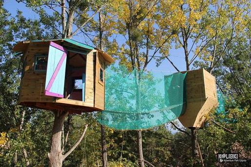 domki na drzewie dla dzieci - atrakcja Gdynia Kolibki