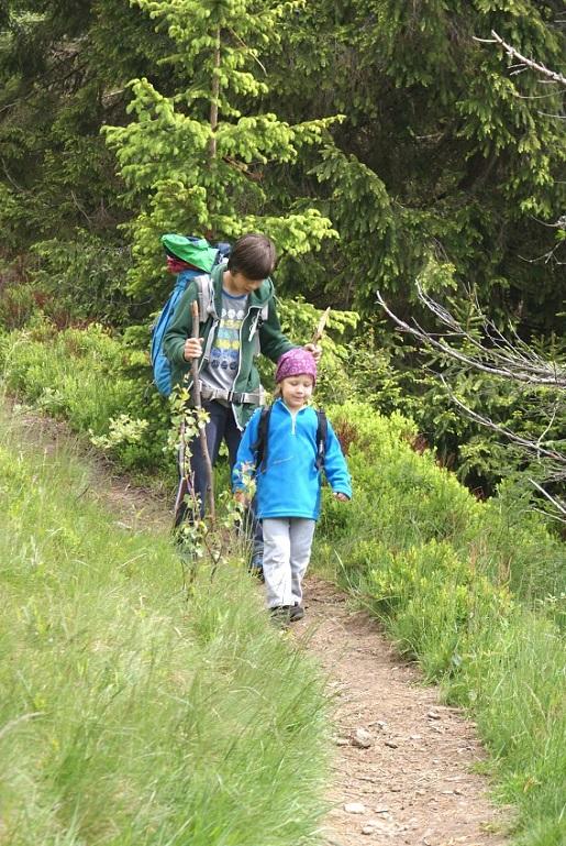 dzień dziecka na szlaku góry z dzieckiem (8)