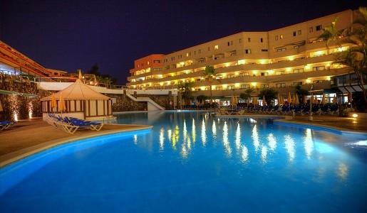 hotel apartamenty z basenem Teneryfa wakacje z dziećmi gdzie