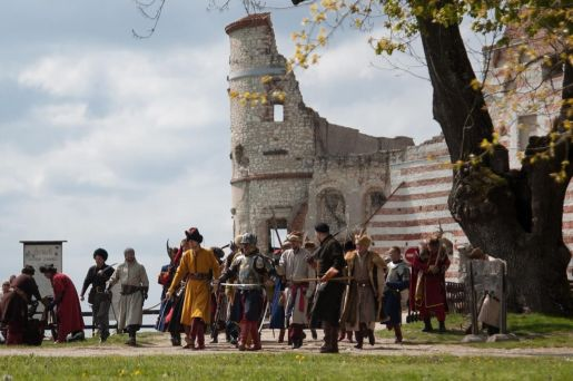zamek Janowiec opinie atrakcje