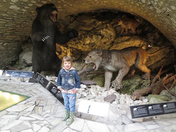 jaskinia niedźwiedzia w Kletnie - atrakcje dla dzieci Kotlina Kłodzka