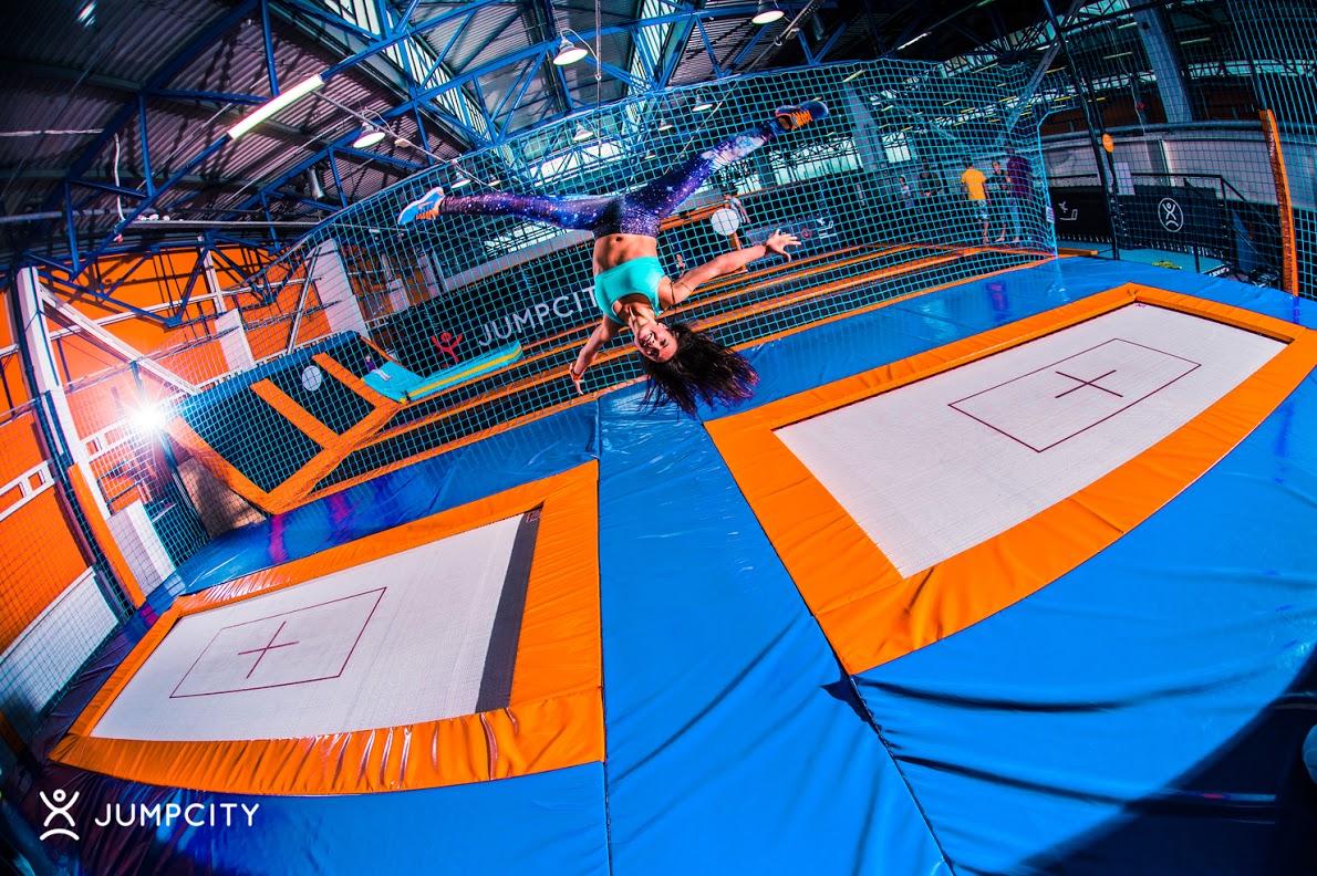 trampoliny Gdynia atrakcje dla dzieci