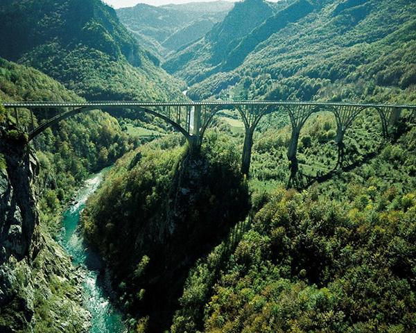 Kanion Tary rafting Czarnogóra rodzinne atrakcje
