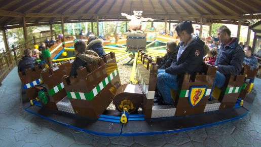Legoland Niemcy opinie Caterpillar Ride