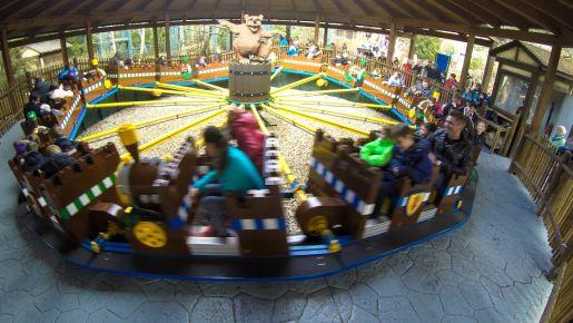 Legoland Niemcy rodzinne atrakcje Caterpillar Ride