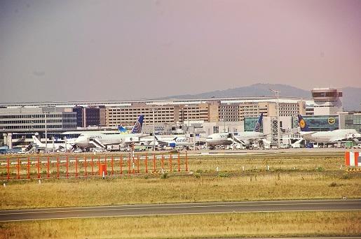 lotnisko frankfurt niemcy 1