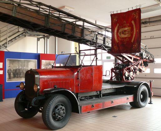 zabytkowe samochody strażackie Mysłowice atrakcje na niepogodę śląskie