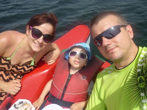 nad jeziorem piaseczno z dzieckiem