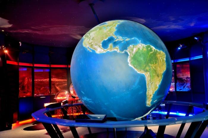 najciekawsze atrakcje dla dzieci Polska - Planetarium