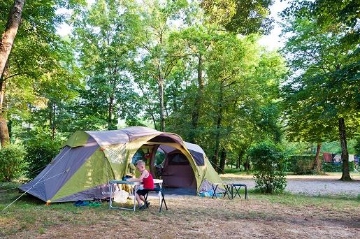 najlepsze kempingi pod namiot z dzieckiem opinie