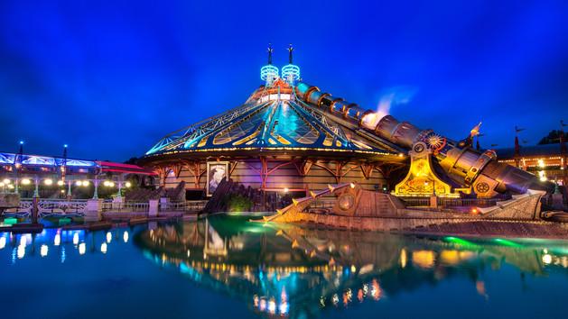 atrakcje karuzele roller coaster disneyland