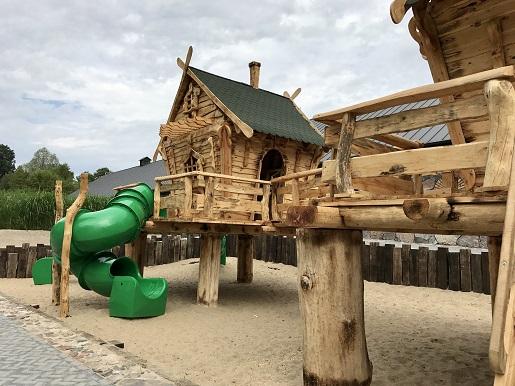 plac zabaw Sławutówko park ewolucji