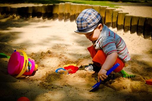 plac zabaw dla dzieci piaskownica kozienice
