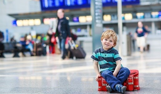 podróż samolotem czym zająć dziecko
