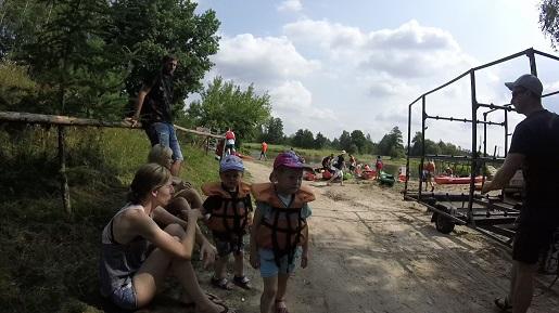 spływ kajakowy Pilica z małymi dziećmi