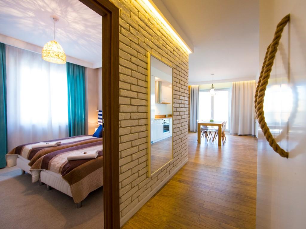 uno apartamenty gdansk dziecko w podrozy
