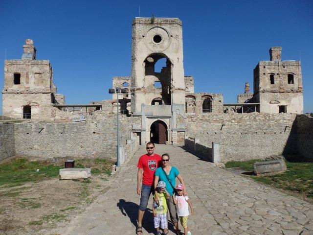 ruiny zamku Krzyżtopór opinie atrakcje